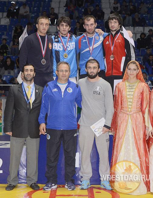 Азаматби Пшнатлов бронзовый призёр Межконтинентального кубка по вольной борьбе