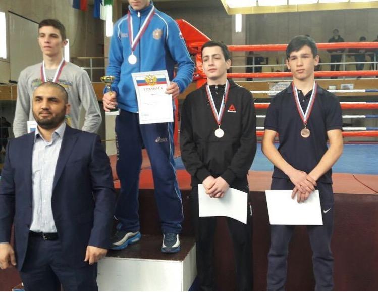 Боксёр «ЦСП КЧР» Казбек Анчоков в весе 49 кг занял третье место на Первенство СКФО