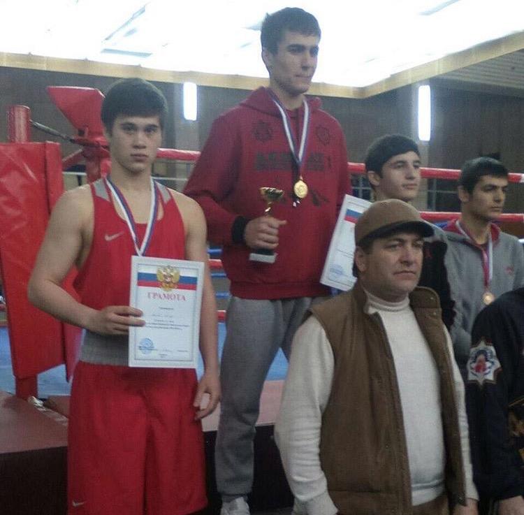 Боксёр «ЦСП КЧР» Альберт Баров в весе 64 кг занял второе место на Первенстве СКФО